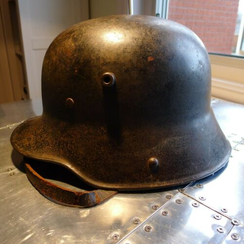 German M16 military helmet WW1 original period installed liner & chinstrap Q66