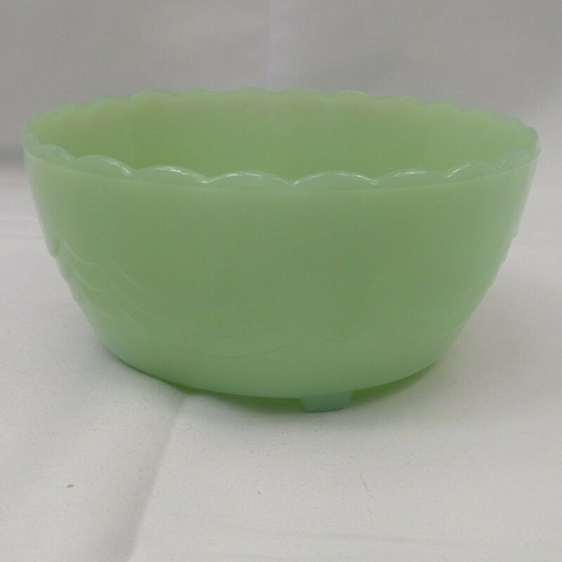 Mid Century Modern Fire King Jadeite Scalloped Candy Bowl 3 toed