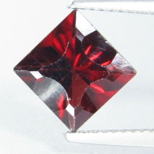 2.86Cts Natural Classic Red Garnet 8mm Square Custom Cut Gemstone From Africa
