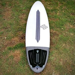 "As New 5'8"" EPS round tail Surfboard"
