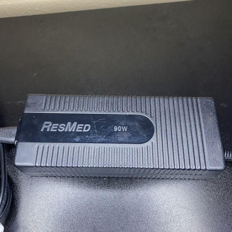 ResMed 90W AC Adapter R360-760 (DA 90A24) 24V 3.75A 3-Pin