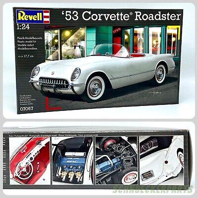 REVELL Modellbausatz `53 Corvette Roadster 07067 Bausatz 1:24 originalgetreu NEU