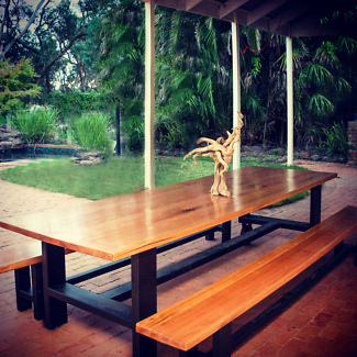 outdoor dinning table bench seats