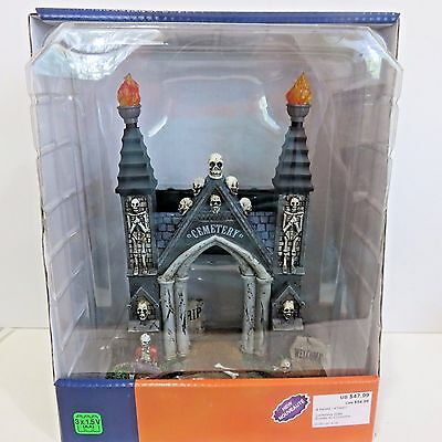 Halloween Cemetery Gates (Lemax CEMETERY GATE Spooky Town Halloween Battery Operated Table Accent)