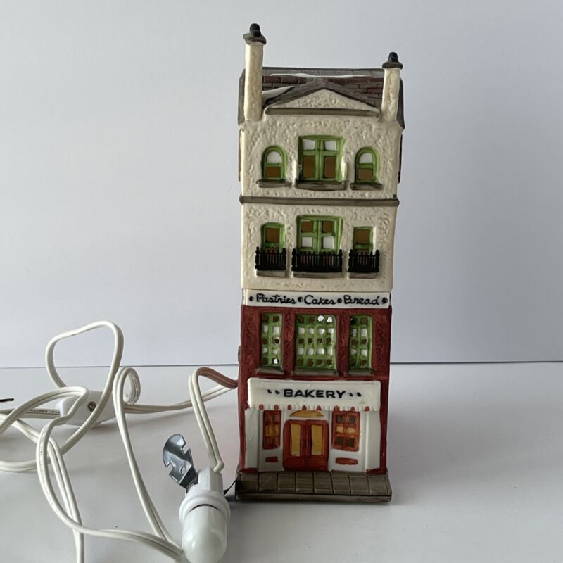 Dept 56 Christmas In the City Bakery Building House 6512-9 Village Brownstone
