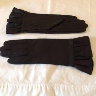 Ladies Black Leather Designer Gloves Brighton East Bayside Area Preview