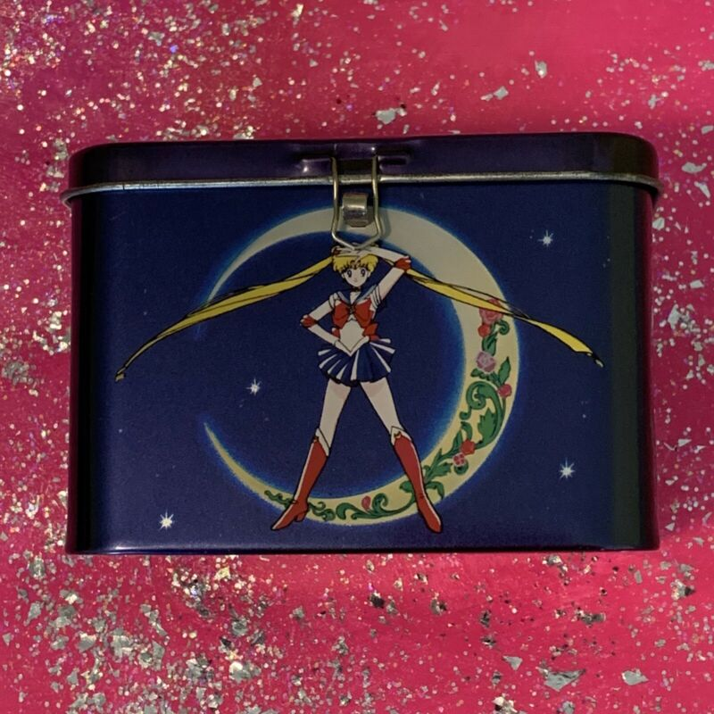 Sailor Moon ✨ Vintage 1999 Licensed DIC Entertainment ✨ Blue Tin Coin Bank Box