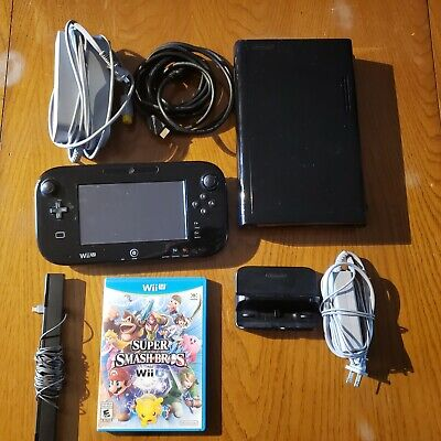 Nintendo Wii U DELUXE 32GB Black Complete System and Super Smash Bros Game