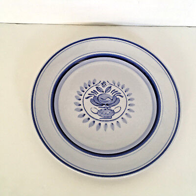 vintage Arabia made in Finland handpainted salad dessert plate blue pattern