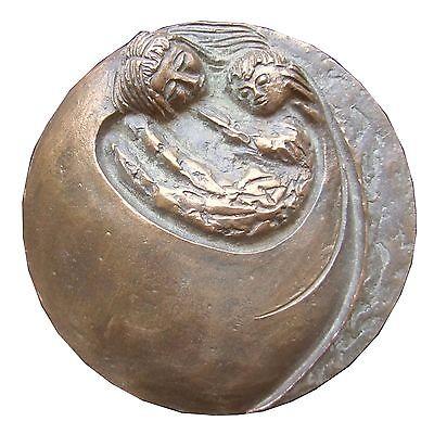 Bronze Relief Geborgenheit 15 cm Durchmesser Bronze relief feeling of security