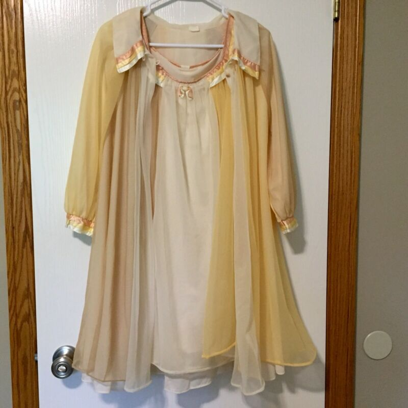 Vintage Chevette Nightgown & House Coat Robe Lounge Set 60s 70s Babydoll Nightie