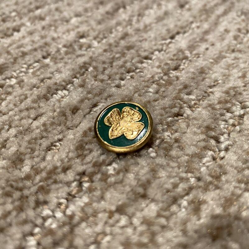 """Vintage Girls Scout (GS) Gold/Green Enamel Fleur-De-Lis Eagle Pin - 5/8"""""""