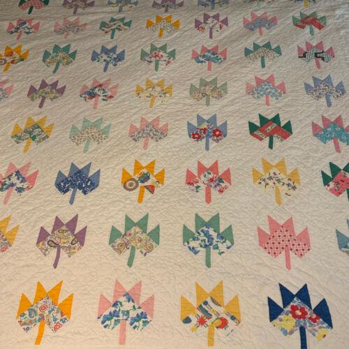 Beautiful! Vintage Feedsack Maple Leaf Quilt 82x74 1940