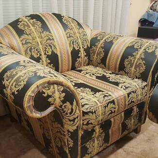 3 piece lounge setting - Very good condition