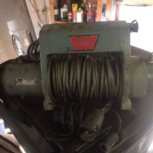 8000lb warn winch  & remote