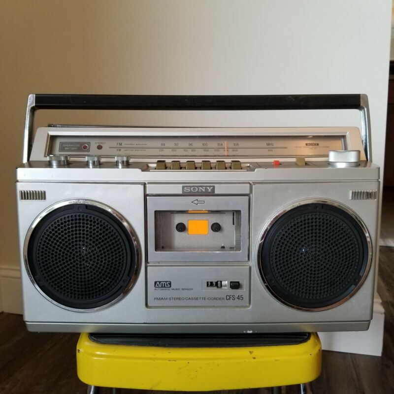 Vintage Sony CFS-45 FM/AM Stereo Cassette Recorder Boombox