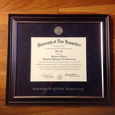University of New Hampshire Solid Wood Silver Medallion Diploma Frame (Medallion Diploma Frame)