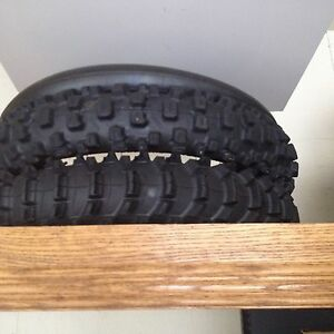 Moto cross tires