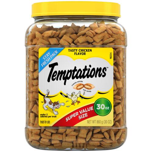 TEMPTATIONS Classic Crunchy and Soft Cat Treats Tasty Chicken Flavor, 30 Oz. Tub