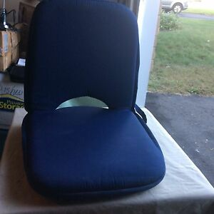 Adjustable chair/cushion for outdoors/boats