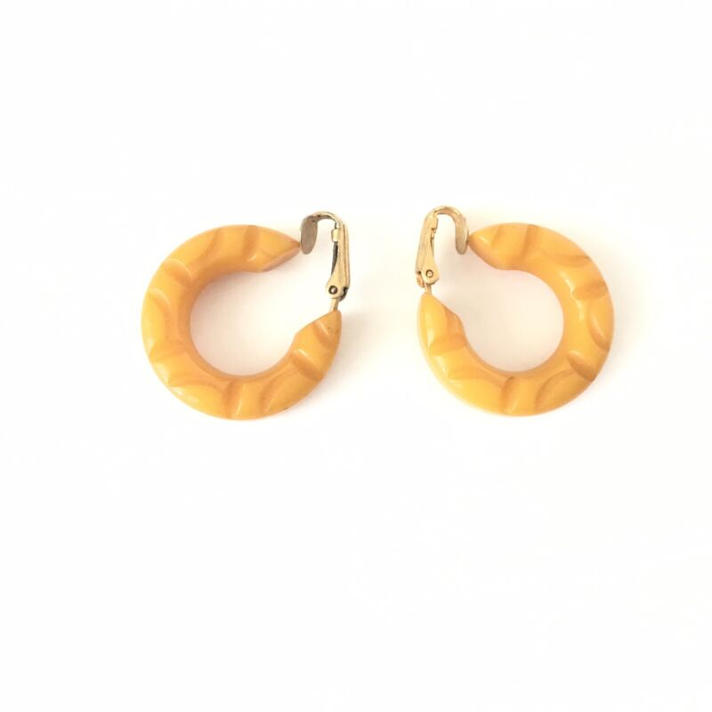 Bakelite Butterscotch Yellow Clip On Earrings Carved Chunky Hoop