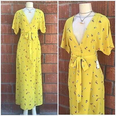 FOREVER 21 Bright Mustard Surplice Floral Maxi Dress Retails $34.90 Surplice Maxi Dress