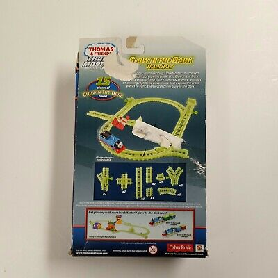 Thomas And Friends Trackmaster Glow In The Dark Track Pack 15 Pieces FREE SHIPP