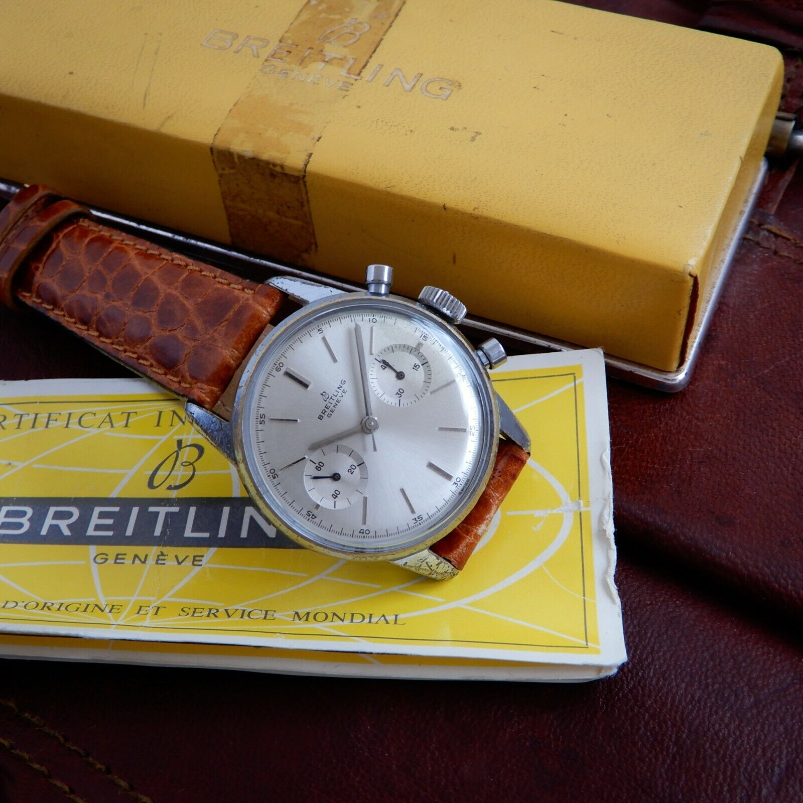 Breitling 1191 Vintage 1960 Chronograph Venus 188 Boxed Papers & Serviced - watch picture 1