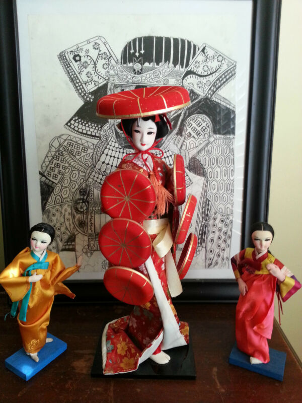 3 Japanese Geisha Dolls, GO Theater