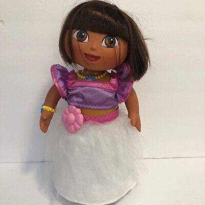 2004 Dora Mattel G3828 Dress & Dance Dora in Tutu Dress - Dora G