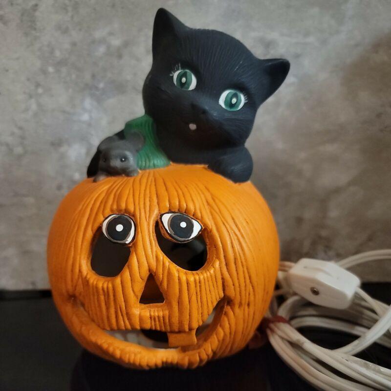 "Vintage Black Cat on a Pumpkin w  Mouse  Ceramic Halloween Lighted 6.5"" x 55"