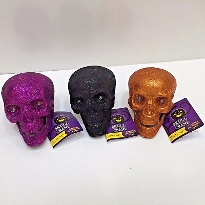Greenbrier SKULL Eyes Flash Battery Operated 3.5