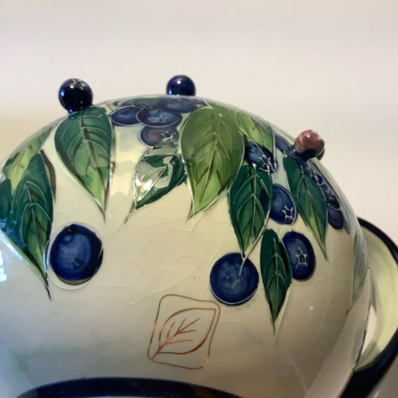 BLUE SKY BLUEBERRY 2004 TEA POT BY JEANNETE McCALL