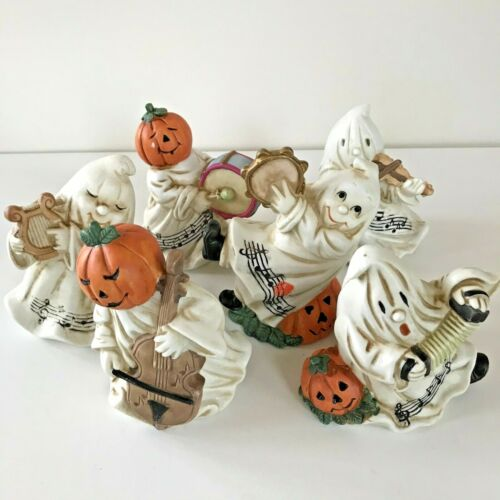 Vintage Ghostly Fun Halloween Light-Up Band - Six Ghosts with Instruments