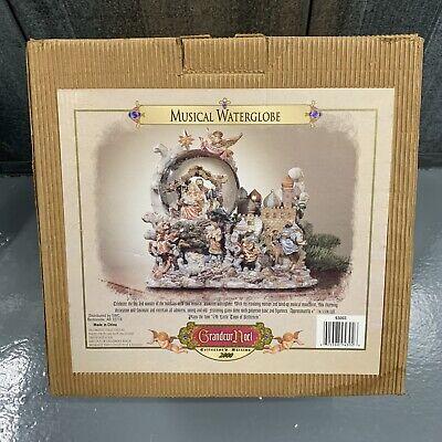 Musical Animated Waterglobe Nativity Collectors Edition 2000 Grandeur Noel