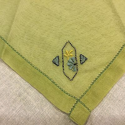 Vintage Linen Sage Green Embroidered Daisy Floral Handkerchief Hankie Hanky #A13