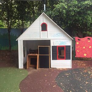 Hip kids cubby house pick up MacGregor RRP $1200+ Woolloongabba Brisbane South West Preview