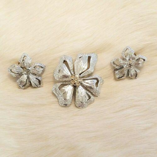 Vintage Flower Rhinestone Brooch Earring Set Silver Tone Open Work Textured 4398