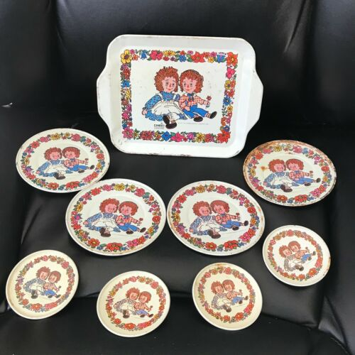 Vintage Raggedy Ann & Andy Tin Dishes