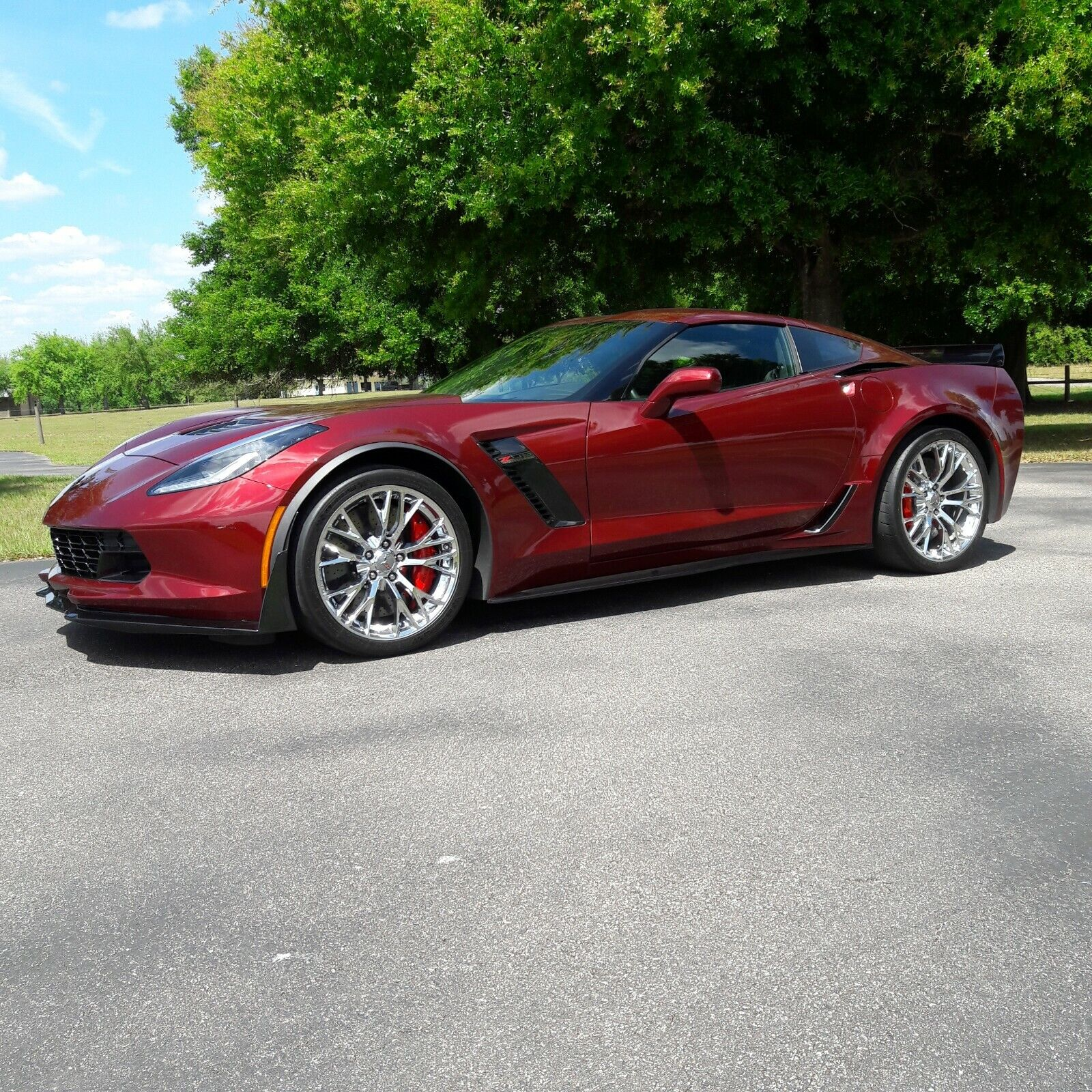 2017  Chevrolet Corvette Z06  | C7 Corvette Photo 1