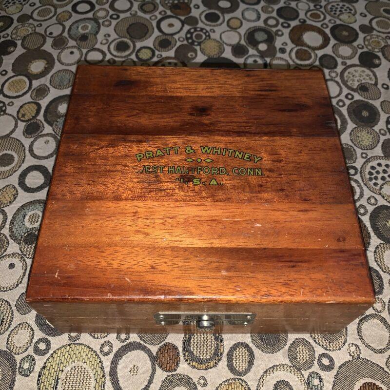 "Vintage Pratt & Whitney Co. Dovetailed Wood Box 6"" x 6"" x 2.5"" Mech Latch. VGC"