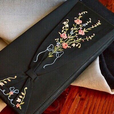 1930s Handbags and Purses Fashion *Vintage 30's Clutch Joyce Morgan PARIS Hand Embroidered Black Fabric $68.85 AT vintagedancer.com