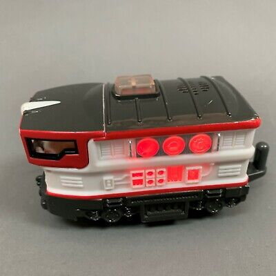 Fisher Price Engine Toy Train Geo Trax 2006 Red White Motorized Sounds Lights