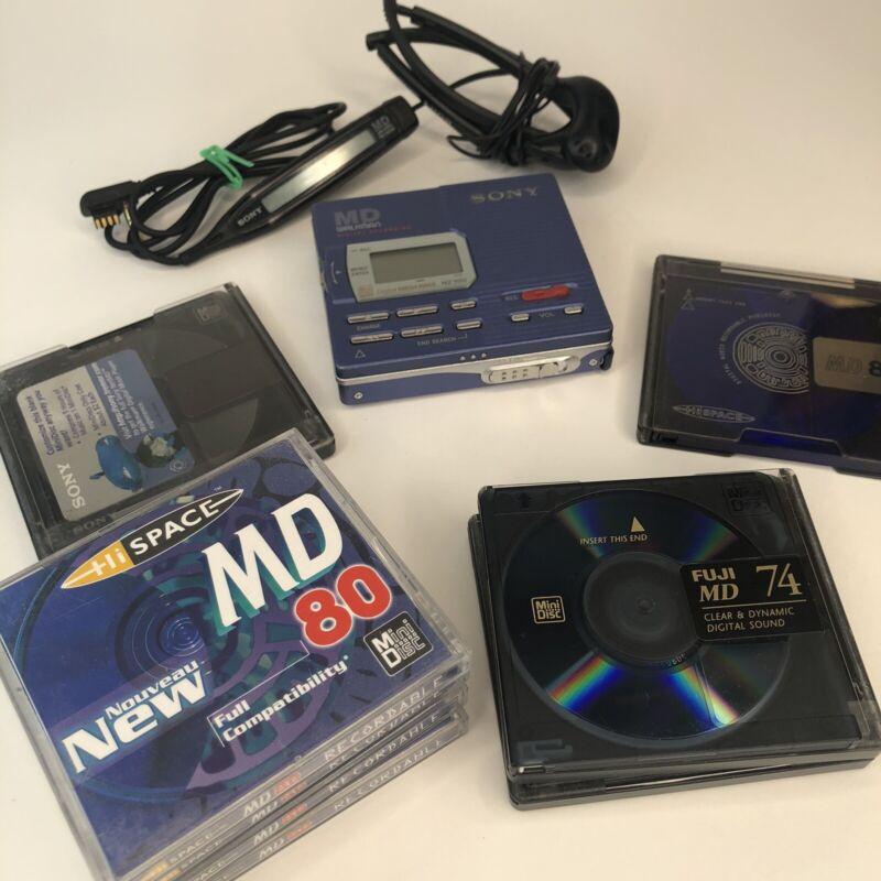 Sony MD Walkman MZ-R90 Portable MiniDisc Recorder/Player + blank Disc