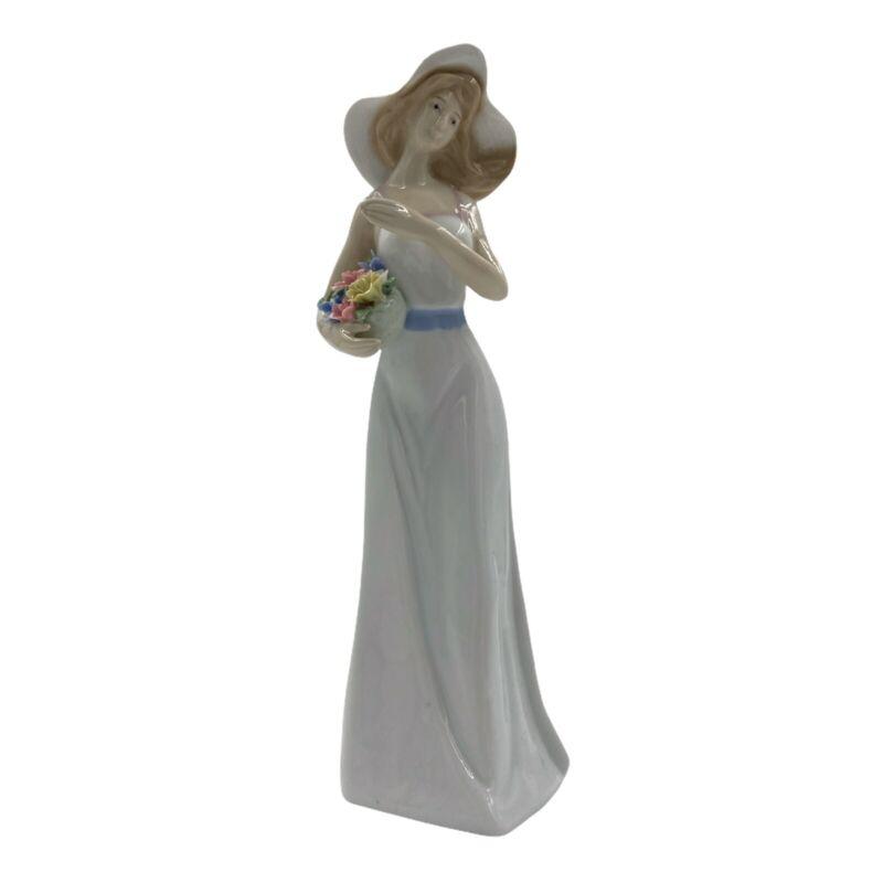 """Vintage Porcelain Figure Female Lady Statue Big Figurine Capodimonte Bouquet 10"""""""