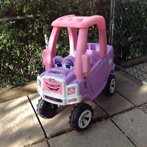 FISHER PRICE little tikes cozy Truck in perfect condition