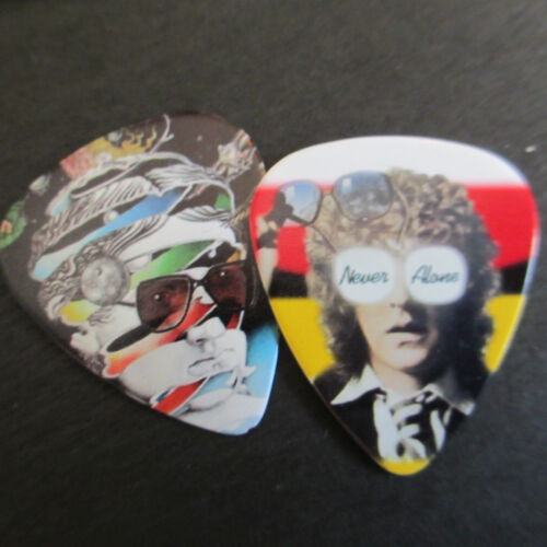IAN HUNTER (Mott Hoople) Collectors Guitar Pick 2-Lot Psychedelic Album Covers