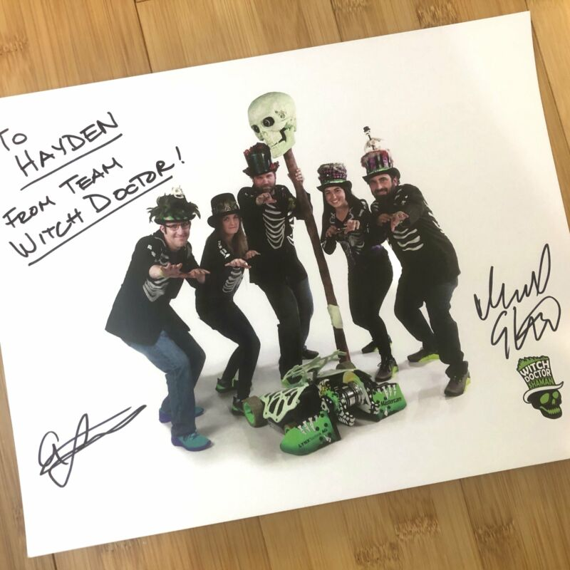 """BattleBots Autographed Team Witch Doctor Photo (8""""x10"""")"""