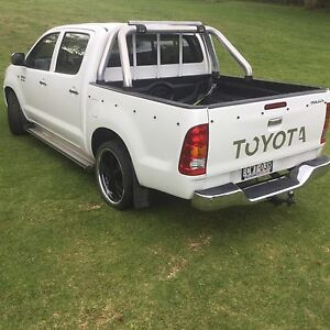 Toyota Hilux 2005 Dual Cab MANUAL Berry Shoalhaven Area Preview