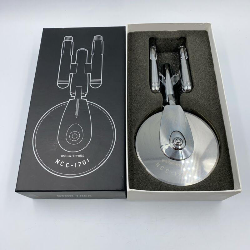 Star Trek: The Original Series USS Enterprise NCC-1701 Pizza Cutter 2010 w/ Box